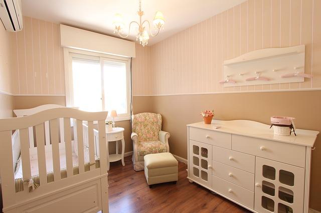 Jak zorganizować pokój dla dziecka, aby łatwo utrzymać w nim porządek?
