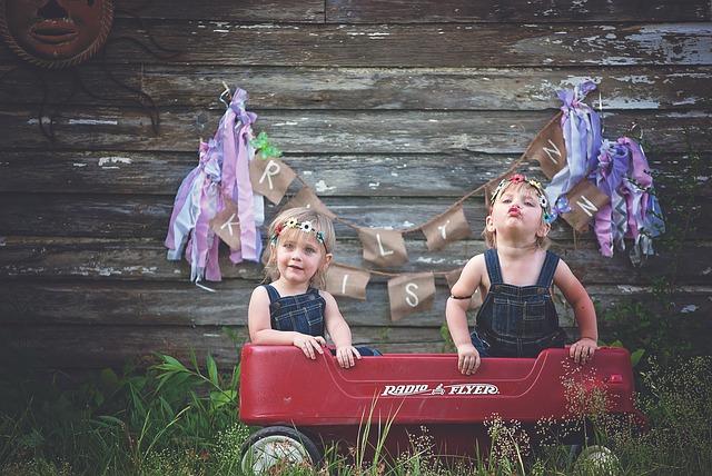 Ciąża mnoga – co warto wiedzieć na temat bliźniaków i wieloraczków?